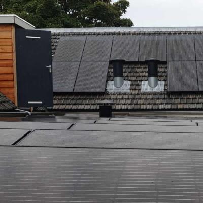 piet-bruijn-zonnepanelen-installatie-plat-dak